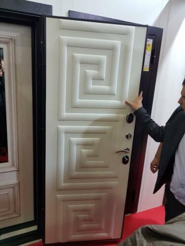Дверь с 3D кожей