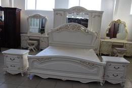 Спальный гарнитур Донателла